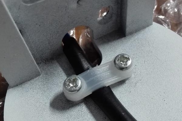 圆角压线板背面压线